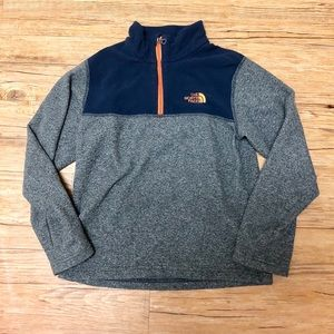YM Northface Pullover